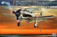 Kitty Hawk 32015 T-28C Trojan 1:32